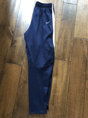 Boys Size L. Nike Sweats Like New for Sale in Vancouver, WA