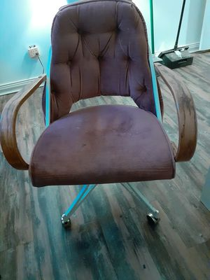 Nice office Chair for Sale in Moreno Valley, CA