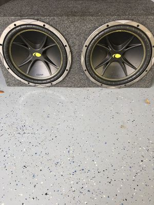 Subwoofer with 1000 w amp for Sale in Orlando, FL