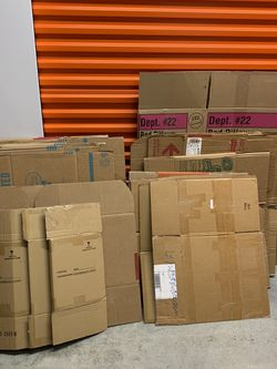 FREE BOXES!! Large & Medium Sizes for Sale in Cypress,  TX