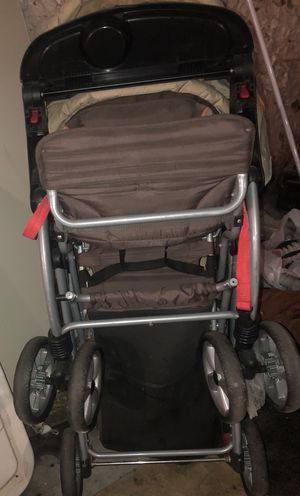 Baby Trend sit and stand double stroller for Sale in Buffalo, NY