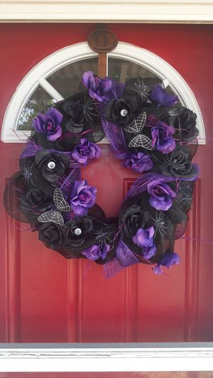 Black and Purple Halloween Wreath for Sale in Richland, WA