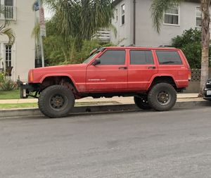 Jeep Cherokee xj for Sale in Los Angeles, CA
