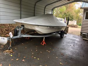 2016 mako 17pro skiff for Sale in Prince Frederick, MD