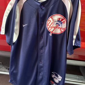 Yankees Jersey for Sale in Snohomish, WA
