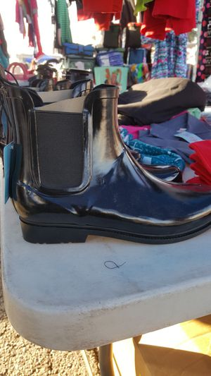 Raining boots just asked me the size for women $10 each new for Sale in El Monte, CA
