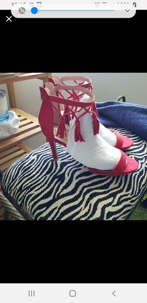 QUPID RED FRINGED ANKLE SHOES for Sale in Bellwood, IL