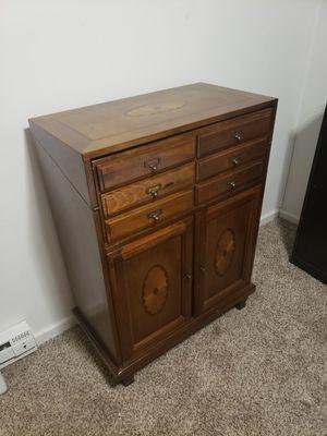 Cabinet / Desk for Sale in Tacoma, WA