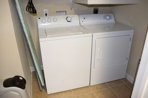 GE Washer and Dryer Set for Sale in Cary, NC