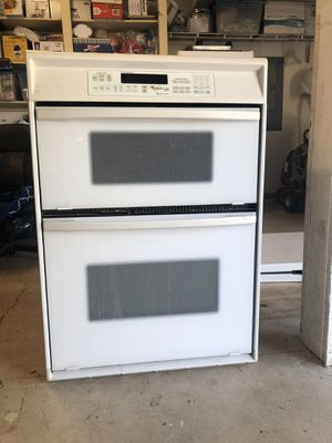 Microwave and oven combo whirlpool brand for Sale in Portland, OR
