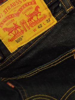 Mens Levis. 42/32 for Sale in Ocala,  FL