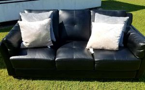 Two leather seat couches/ love seat for Sale in Mulberry, FL