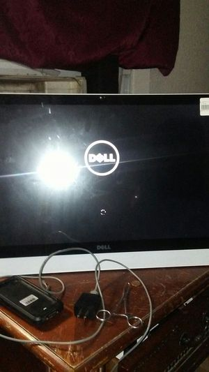 Dell computer 27.7 inch screen no tower needed its all built in for Sale in San Antonio, TX