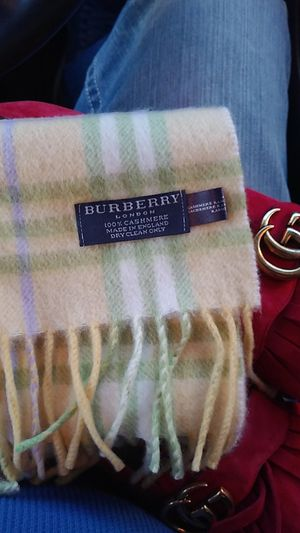 Burberry scarf brand new for Sale in Las Vegas, NV