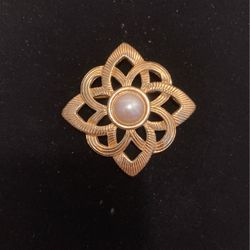 Vintage Designer Geometric Brooch- Pin- Good Condition & Quality - Sale Item- Must Go- #artssoflo for Sale in Miami,  FL