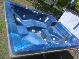 Hot tub for Sale in Archdale, NC