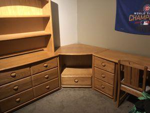 Stanley furniture bedroom set for Sale in Morris, IL