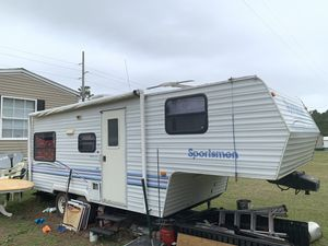 Sportsmen Ultra Lite 25ft Camper for Sale in Foley, AL