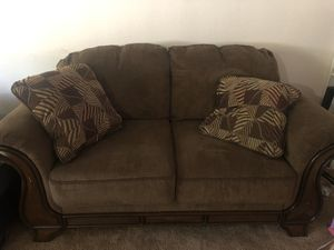 Brown couch with throw pillows for Sale in Whittier, CA