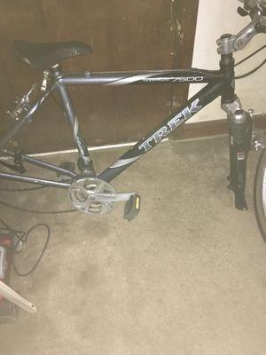 Truck 7500 mountain bike for Sale in Ellenwood, GA