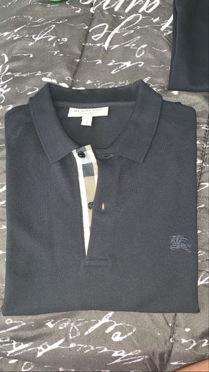 Burberry Shirt for Sale in Cleveland, OH