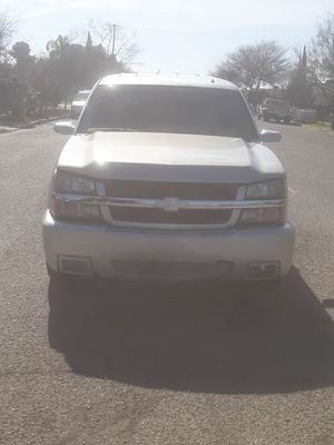 5.3, 2002, chevy Tahoe for Sale in Orosi, CA