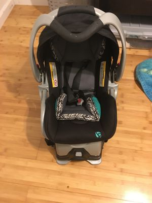 Baby trend infant car seat for Sale in Daly City, CA