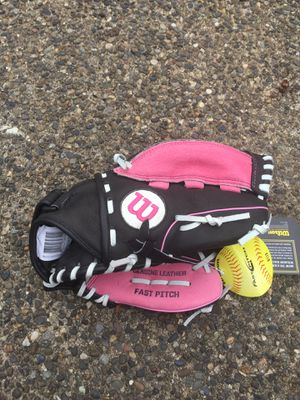 Womens Wilson Baseball Glove for Sale in Hillsboro, OR