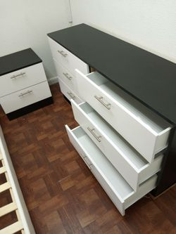 NEW DRESSER AND 1 NIGHTSTANDS for Sale in Fort Lauderdale,  FL