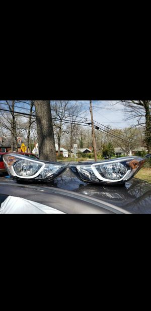 huindai Elantra 14-16 headlights for Sale in Clinton, MD