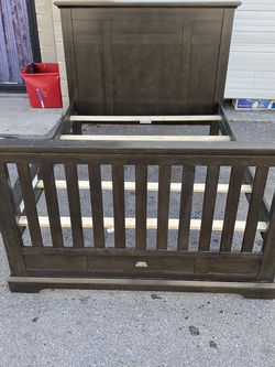 Full Size Bed for Sale in West Valley City,  UT