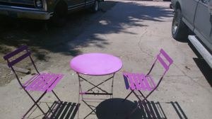 Outdoor patio table and chairs for Sale in Cheyenne, WY