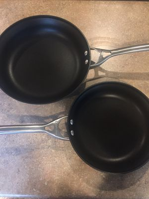 Used Calphalon pans - 12 and 10 inch for Sale in Kent, WA