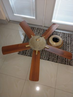 ceiling fan for Sale in Tampa, FL