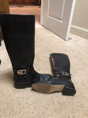 Michael Kors size 8 like new $50 for Sale in Tulare, CA
