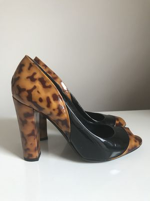 Size:6.5 US (or 37EU) Gucci Authentic Open Toes Pump for Sale in Alexandria, VA