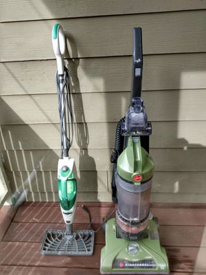 Hoover wind tunnel bagless vacuum+shark mop for Sale in College Park, GA