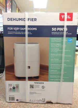 TCL 50 pint Dehumidifier TDW50E19 for Sale in Boca Raton, FL
