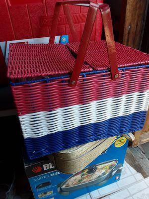 Picnic basket for Sale in Mount MADONNA, CA
