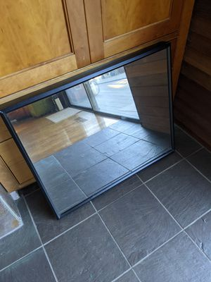 Two-way mirror with 32 inch monitor for Sale in Santa Cruz, CA