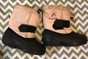 Kids size 8 pink Kamik snow boots for Sale in Elma, WA