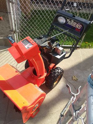 Ariens snow blower for Sale in Chicago, IL