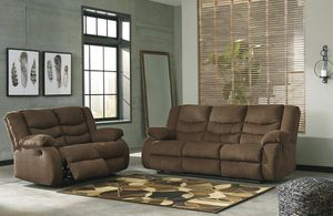 Reclining Sofa and Loveseat living room set for Sale in Fort Worth, TX
