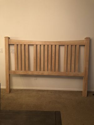 Bed head board and matching mirror for Sale in Glendale, AZ
