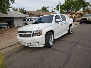 07 Chevy Avalanche for Sale in Mesa, AZ