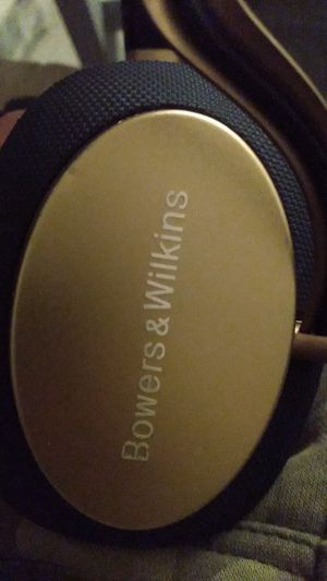 Bowers and Wilkins PX for Sale in Visalia, CA
