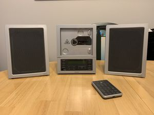 Brookstone Wafer Thin CD System with MP3 - $125 for Sale in University Place, WA