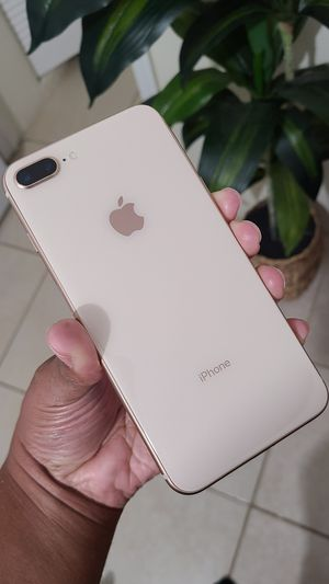 Apple iPhone 8+ PLUS (Gold) • Excellent Condition • for Metro PCS/ T-Mobile/ Simple Mobile • Comes with Charger! for Sale in Fort Lauderdale, FL