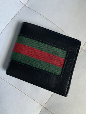 gucci wallet authentic for Sale in Woodbridge Township, NJ