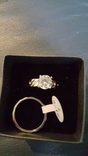 Wedding ring set for Sale in Hyattsville, MD